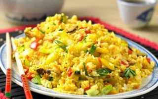 Рис по китайски с овощами и мясом