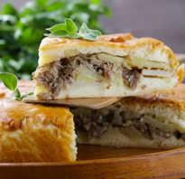 Пирог с куриным фаршем и картошкой