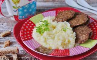 Печеночные оладьи для детей из куриной печени