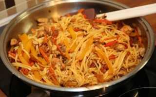 Рис с овощами и курицей по азиатски
