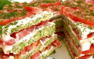 Пирог из кабачка с сыром и помидорами