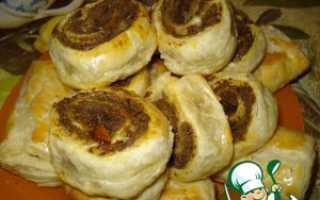 Пирожки с куриной печенью в слоеном тесте