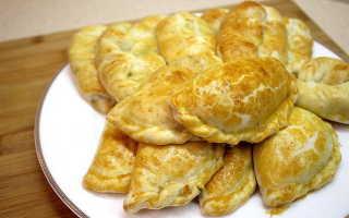 Пирожки с курицей грибами и сыром