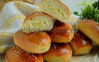 Пирожки с рисом яйцами и луком