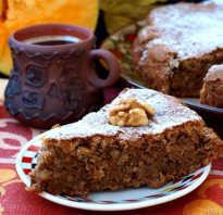 Пирог с изюмом и орехами в духовке