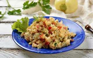 Рис с луком и болгарским перцем