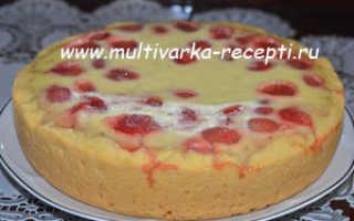 Пирог со сметанной заливкой в мультиварке