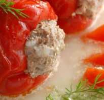 Перец фаршированный со сметаной и томатной пастой
