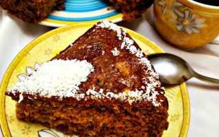 Простой рецепт пирога в мультиварке с вареньем
