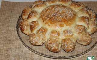 Пирог цветок с сосисками