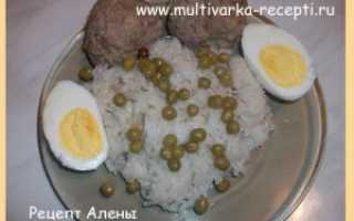 Рис с котлетами на пару в мультиварке