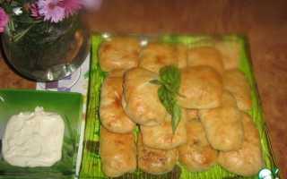Пирожки с куриной печенью и рисом