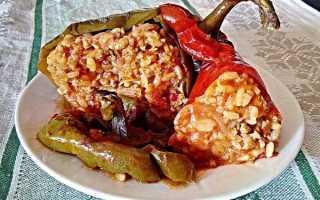 Перец фаршированный в томатном соке