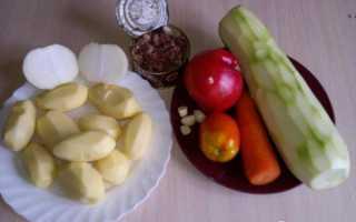 Рагу из кабачков и картошки с тушенкой