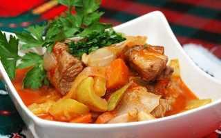 Приготовление рагу с мясом и картошкой