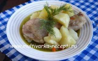 Потушить картошку с филе курицы в мультиварке